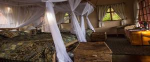 virunga_saf_lodge_bedroom.850x500