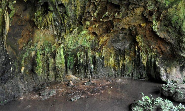 Amabeere-Ga-Nyina-Mwiru - Fortportal